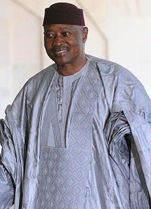 Le Président Amadou Toumani Touré et la marche du Mali vers sa souveraineté auraient-ils énervé Paris?