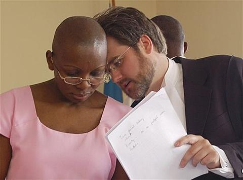 Rwanda : Victoire Ingabiré boycotte son procès