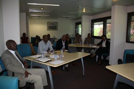 Ikibazo cyo gutanga servisi mbi Ambasade y'u Rwanda mu Bubiligi yakivugutiye umuti