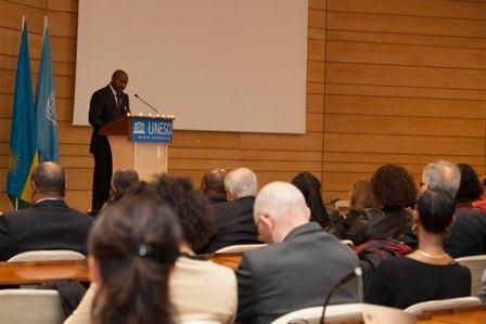L'Ambassade du Rwanda à Paris commémore le génocide des tutsi dans la maison de l' UNESCO