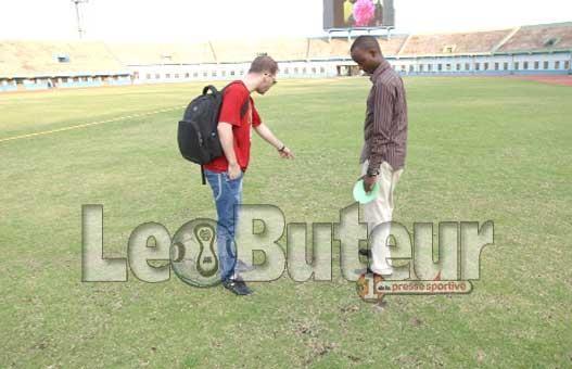 Le terrain du stade Almahoro très détérioré