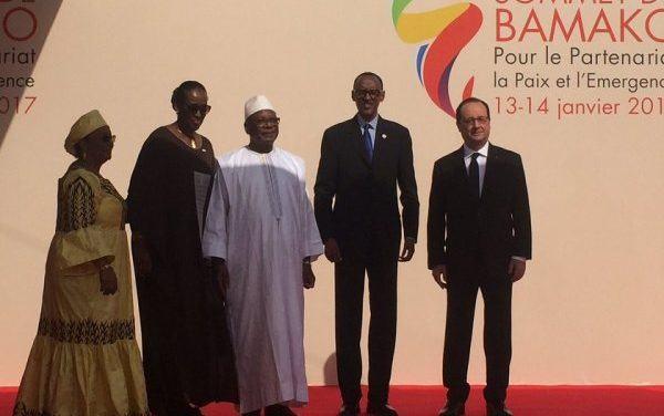 Kagame au Sommet France-Afrique de Bamako reçu par Hollande