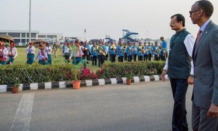 Perezida Kagame yakirijwe yombi mu Buhinde (Amafoto na Video)