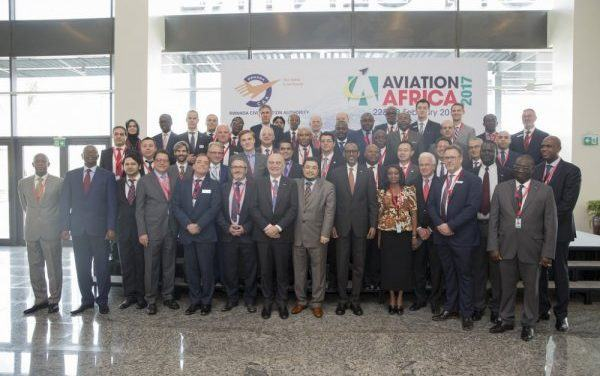 Kagame plaide pour un secteur de transport aérien africain compétitif