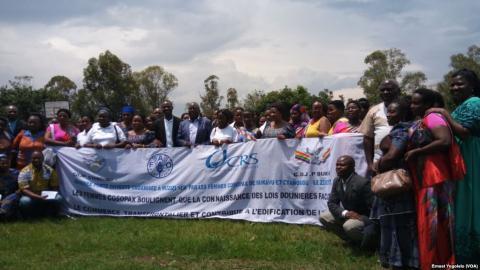 RDC-Rwanda: les marchandes luttent contre les tracasseries douanières aux frontières