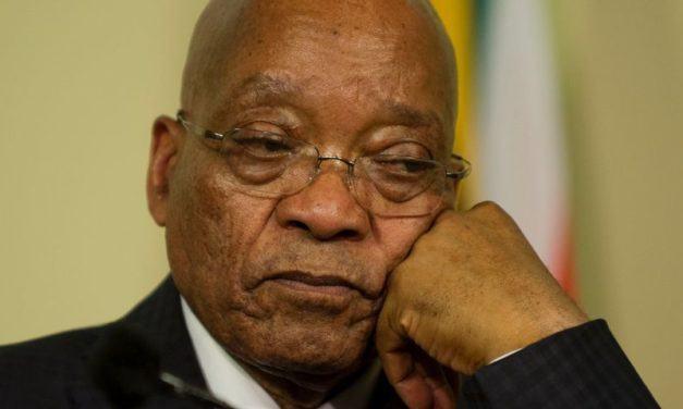 bagarre au Parlement sud-africain avant un discours du président Zuma
