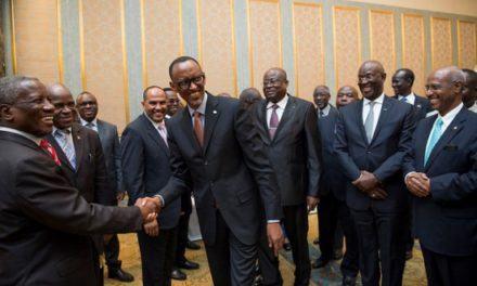 Le Président Kagame rencontre la diaspora rwandaise de Chine
