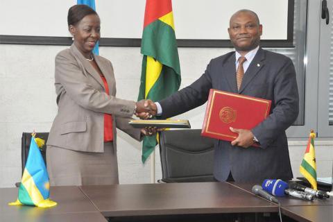 Le Rwanda et Sao Tomé-et-Principe signent cinq accords bilatéraux