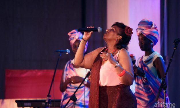 MU MAFOTO 45: Ihere ijisho uko igitaramo Cecile Kayirebwa yakoreye i Kigali cyagenze