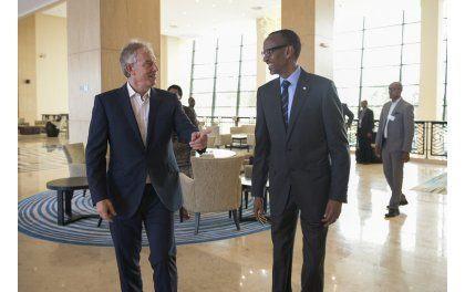 Perezida Kagame yagarutse ku mubano we na Tony Blair wigeze kuba Minisitiri w'Intebe w'u Bwongereza