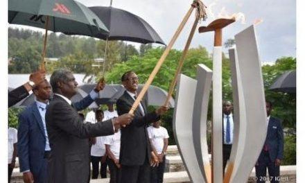 Perezida Kagame yacanye urumuri rw'icyizere rutangiza #Kwibuka23(Video)