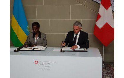 Le Rwanda et la Suisse signent un accord bilatéral relatif aux services aériens
