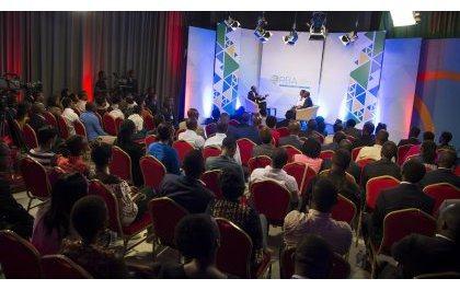 Perezida Kagame yasubije abavuga ko mu Rwanda nta bwisanzure buhari