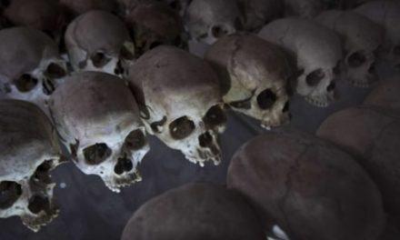 Rwanda : quand les militaires français recevaient l'ordre de venir en aide aux génocidaires en débandade