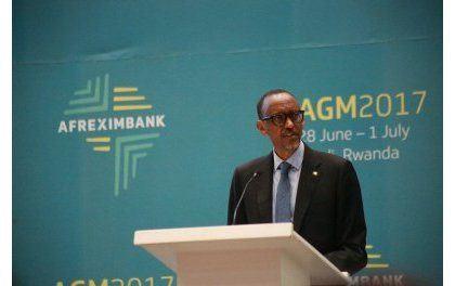 Perezida Kagame asanga Afurika ikwiye gukuraho inzitizi z'ubuhahirane