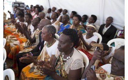 La Première Dame du Rwanda inaugure des habitations pour veuves du génocide