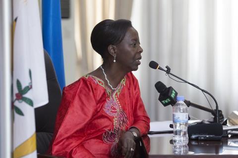 Rwanda – Louise Mushikiwabo : « Personne n'est empêché de se présenter à la présidentielle »