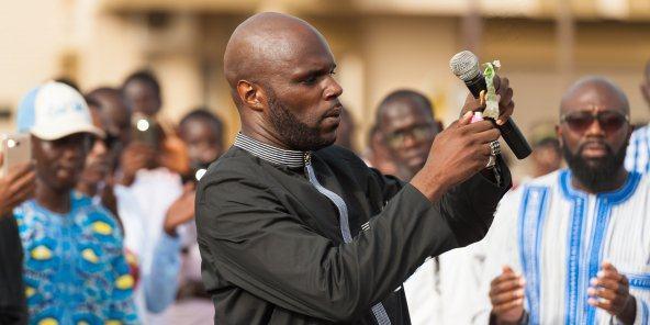 Franc CFA : incarcéré à Dakar pour avoir brûlé un billet de banque, l'activiste Kemi Seba sera jugé mardi