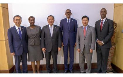 Une délégation chinoise de haut niveau en visite chez Kagame