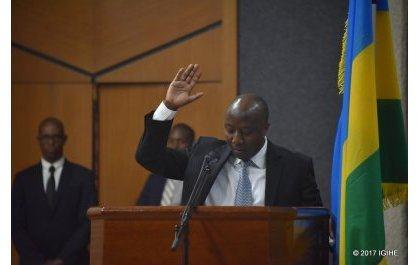Déroulement de la cérémonie de prestation de serment du nouveau Premier Ministre