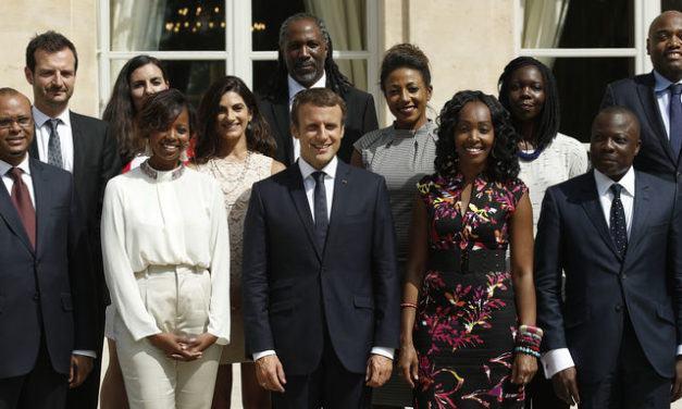 « Le Conseil présidentiel pour l'Afrique de Macron fait du vieux avec du neuf »