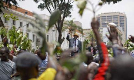 Présidentielle kényane annulée: la presse salue la «maturation» de la démocratie