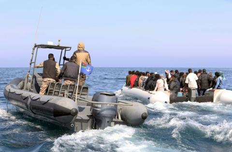 Migrants: 23 morts dans le naufrage d'un canot en Méditerranée
