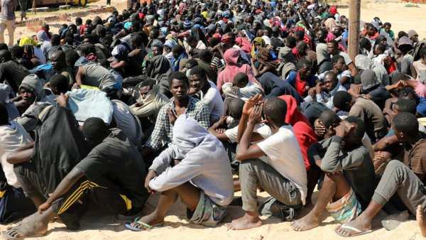 LIBYE : DES MIGRANTS VENDUS AUX ENCHÈRES COMME ESCLAVES