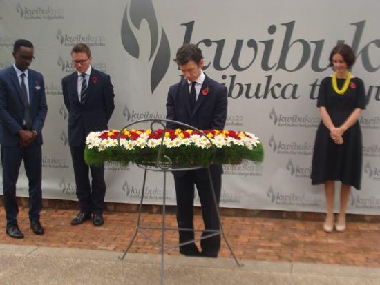 «Le site mémorial de Gisozi est un projet utile pour bâtir la paix» – Min. Rory Stewart OBE