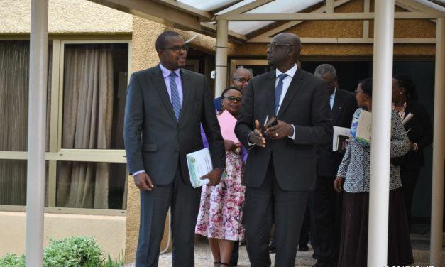 Le Rwanda a émis 800 mandats d'arrêt internationaux pour arrêter des personnes accusées de participation au génocide