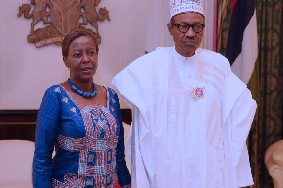 Diplomatie tout azimut : Mushikiwabo chez Buhari le président nigérian