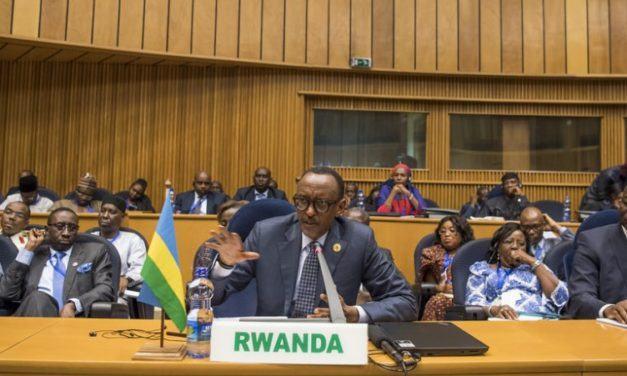 Perezida Kagame yagaragaje impamvu ziri gutuma ikibazo cy'iterabwoba kigorana kurushaho