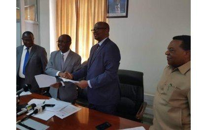 Les ministres tanzanien et rwandais decident de la construction incessante du Chemin de fer Isaka-Kigali