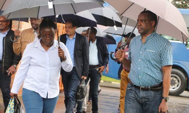 Abayobozi bakuru b'igihugu bitabiriye umwiherero w'iminsi ine i Gabiro (Amafoto)