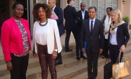 «Mes réactions humaines face au Génocide contre les Batutsi sont un devoir de mémoire et de respect» -La Ministre Fessel