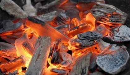 RWANDA : Vers l'Abandon du Charbon de Bois dans les Ménages