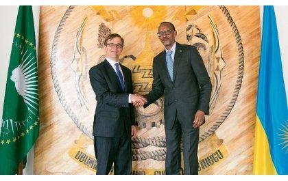 Perezida Kagame yakiriye Ambasaderi mushya wa Amerika mu Rwanda