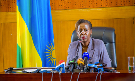 LOUISE MUSHIKIWABO : «C'EST AUX CONGOLAIS DE DEMANDER A KABILA DE PARTIR»