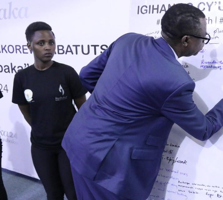 Le ministre Kabarebe exhorte les jeunes à garder jalousement leurs acquis nationaux