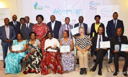 Prix d'Excellence 2018 : Plusieurs rwandais de la diaspora distingués à Paris