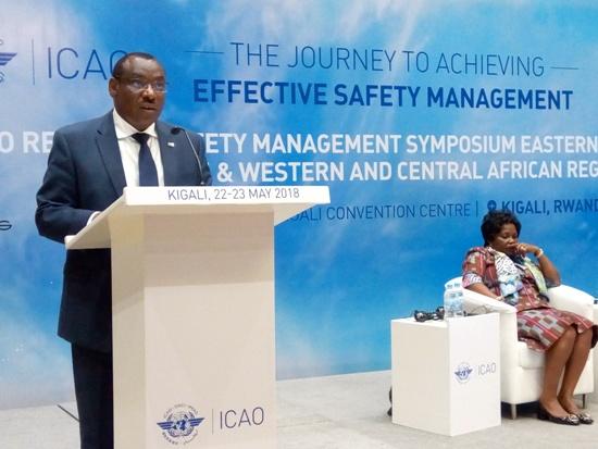 «Nous devons renforcer nos capacités des structures de l'Aviation Civile dans nos pays» – Claver Gatete