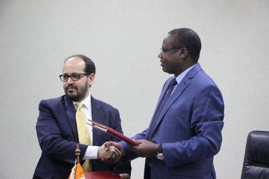 Le Rwanda et l'Inde signent un Accord $US 66 millions pour la construction de la route Base-Butaro-Kidaho