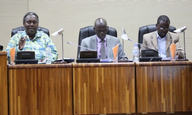 Le Rwanda fait de la «corruption» une infraction pénale.