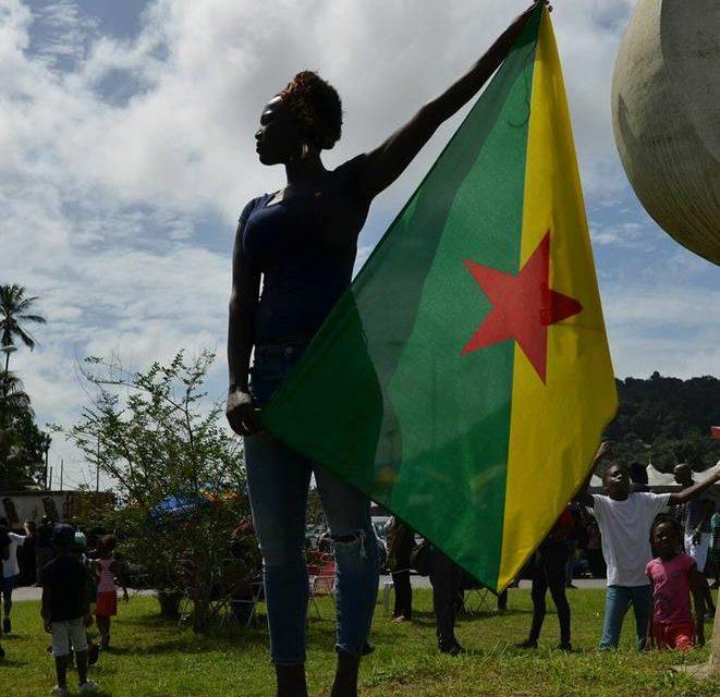 L'œuvre négative du colonialisme français en Guyane De la recherche du « roi doré » à la « Montagne d'or »
