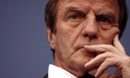 Génocide contre les Batutsi rwandais : pour Kouchner, la France a « commis une très lourde faute »