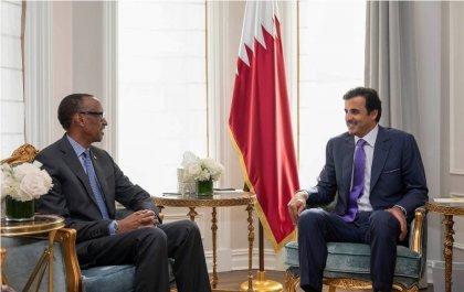 Perezida Kagame yaganiriye na Amir wa Qatar ku ishoramari n'ubukerarugendo