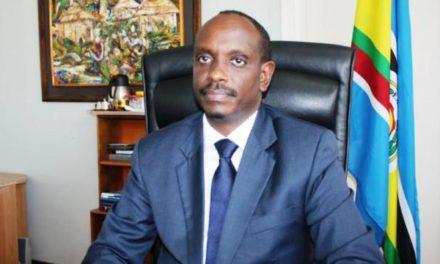 Rwanda: un connaisseur des Grands Lacs succède à Louise Mushikiwabo