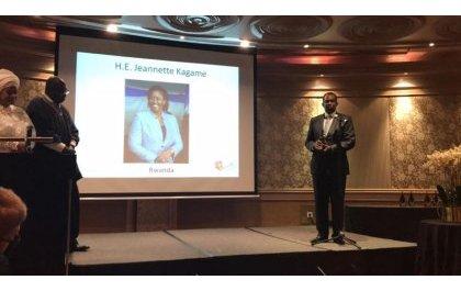 Madamu Jeannette Kagame yahawe igihembo cy'umugore w'indashyikirwa muri Afurika