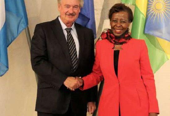 La patronne de la diplomatie rwandaise reçue pas son homologue luxembourgeois
