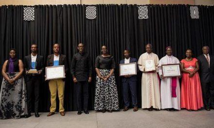 Le Président Kagame exhorte les dirigeants à poursuivre la campagne de Ndi Umunyarwanda
